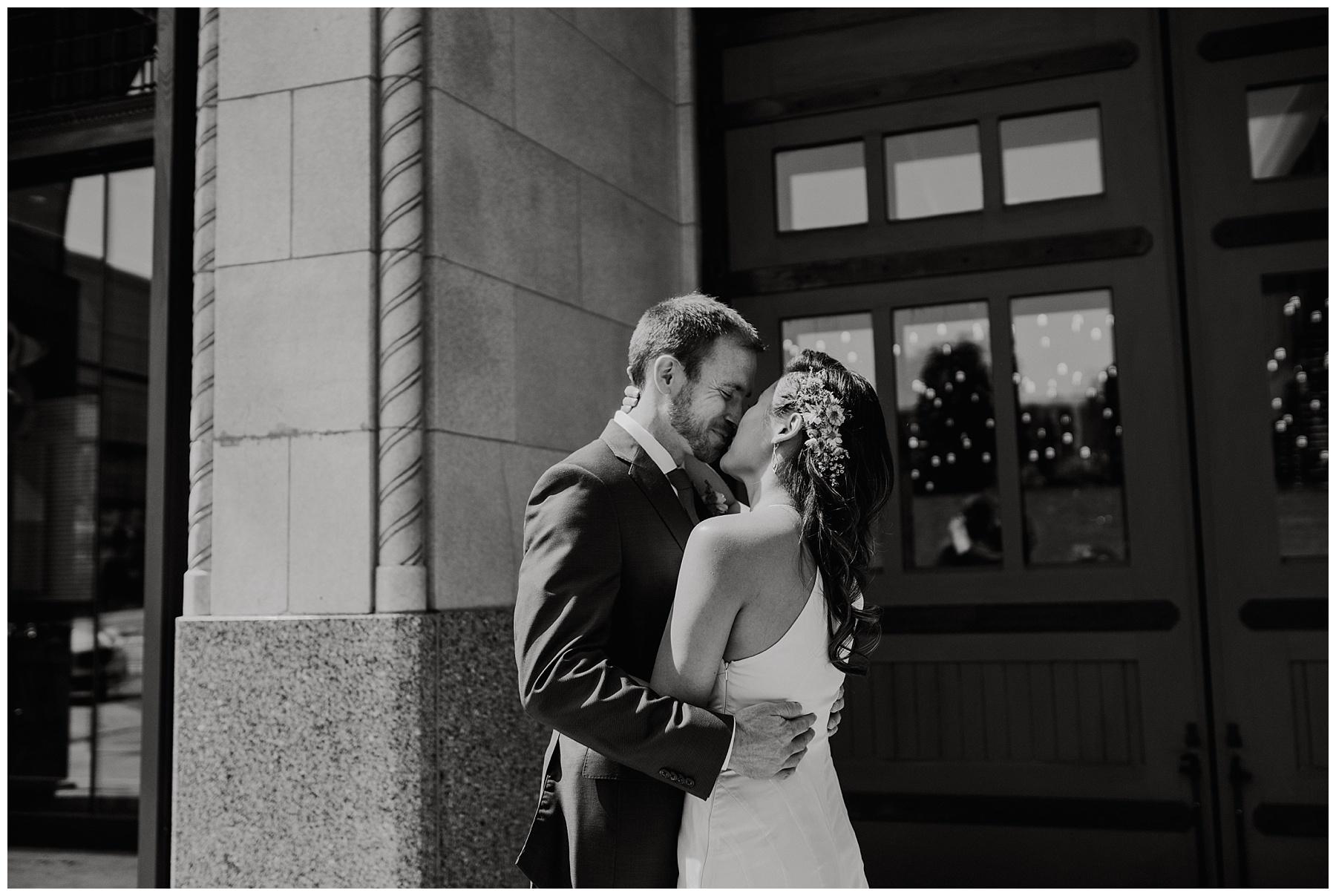 Detroit Foundation Hotel Wedding_0018.jpg