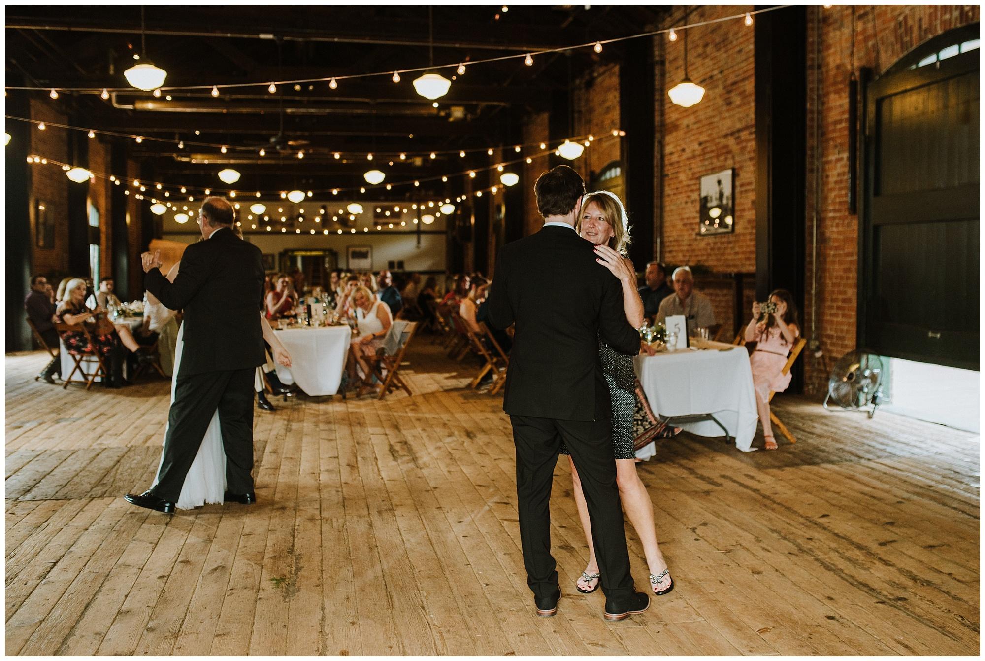 Ypsilanti Freighthouse Wedding_0037.jpg