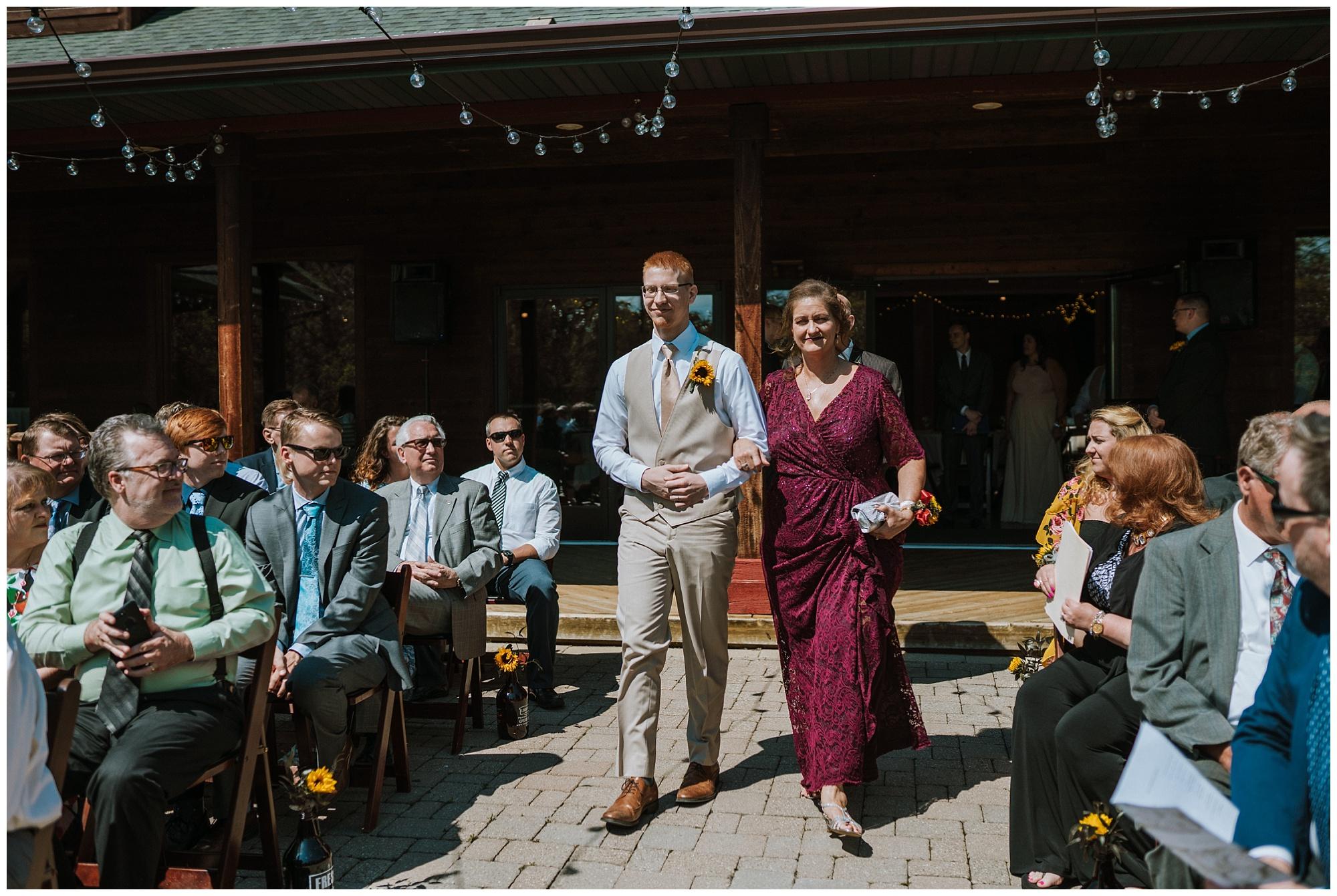 Fenton Winery and Brewery Wedding_0030.jpg